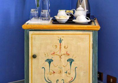 villa-collepere-suite-blu-colazione