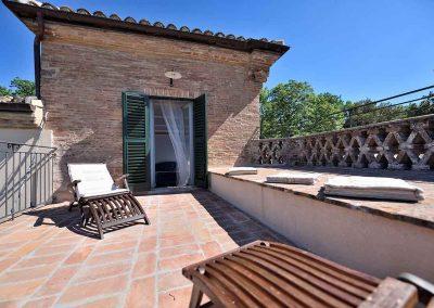 villa-collepere-suite-poesie-terrazzo