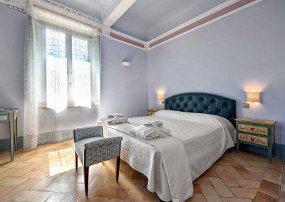 villa-collepere-suite-sibillini-double bedroom